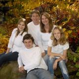 fall-colours-family-portrait
